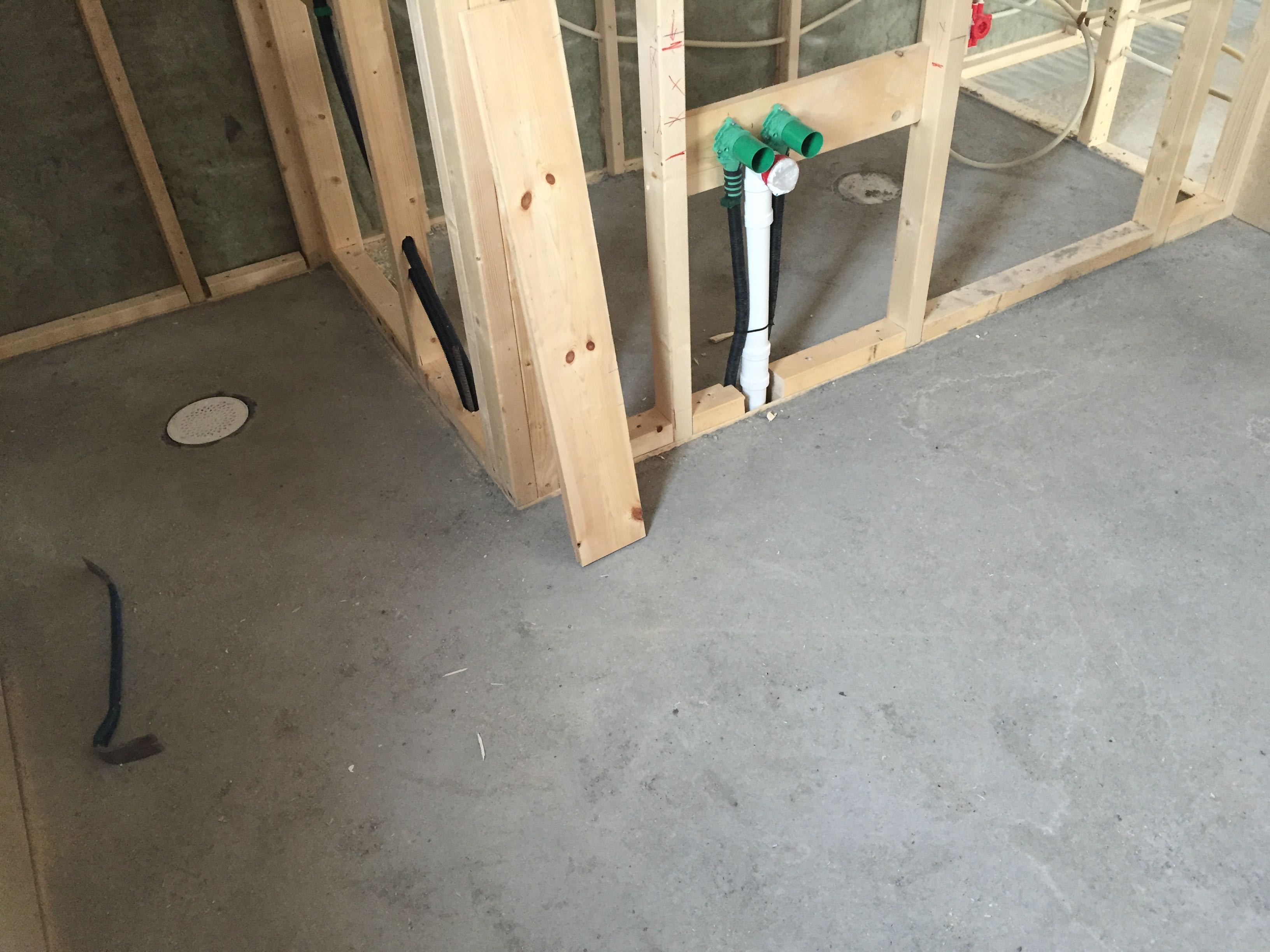 Ferdig gulv på bad og badstu