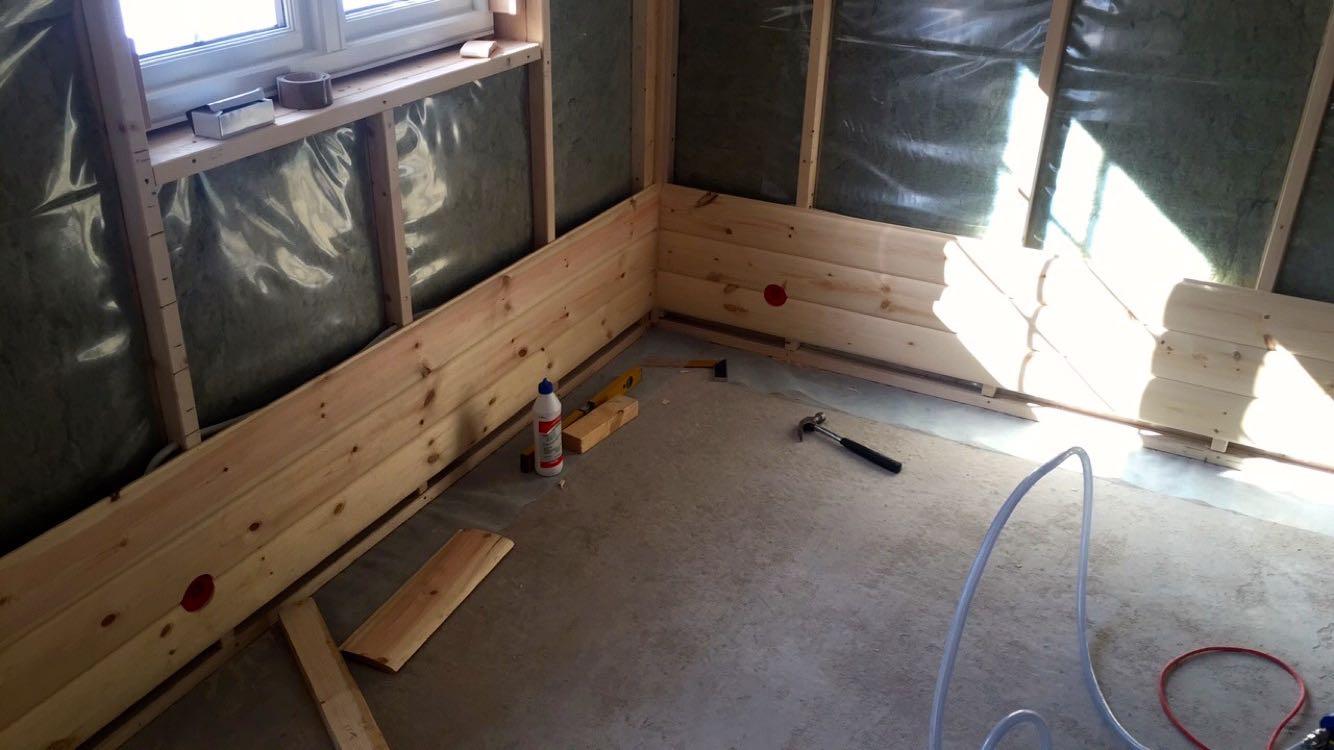 Tømmerpanel på soverom #3